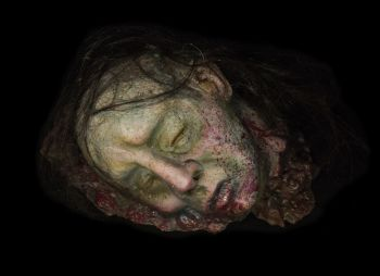 Severed head prop